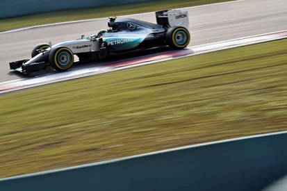 China tech: Mercedes reacts with new wing
