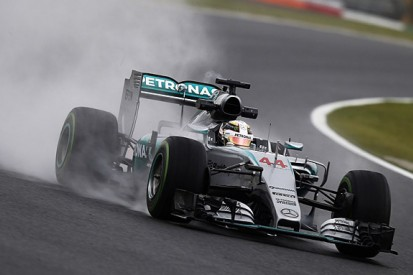 How to make an F1 car fast in the wet