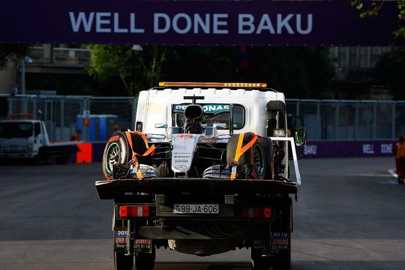 How Hamilton's Baku weekend fell apart