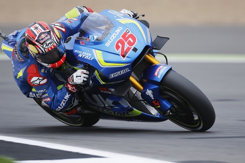 Can Vinales beat Rossi in 2017?