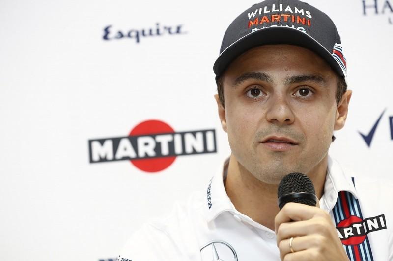 Massa quizzed by the F1 paddock