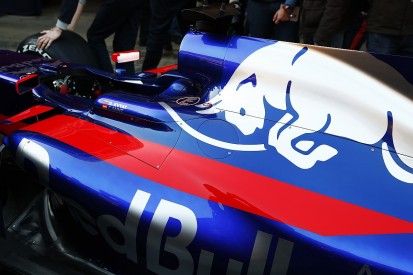 How similar is the Toro Rosso to Mercedes?
