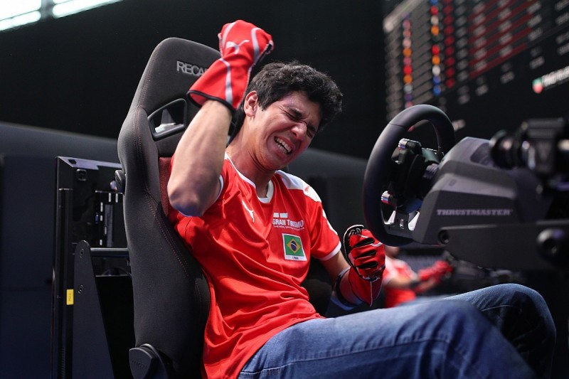 The driver blending virtual and real-life racing rostrums