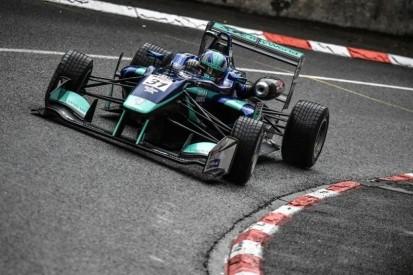 Monger's plan to catch F1's eye