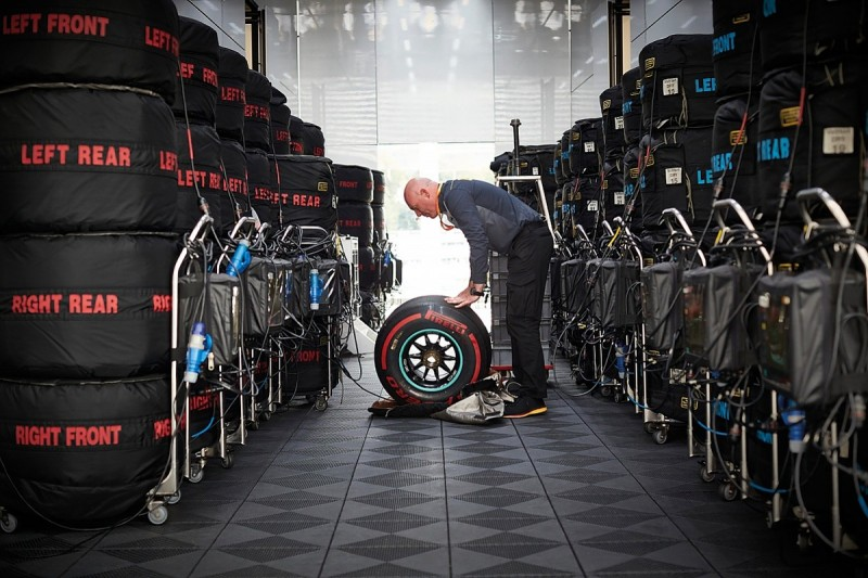 Behind the scenes with one of F1's oddest engineer roles