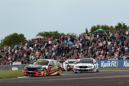 BTCC finale: Concussion, intra-team rivalry and feisty outsiders
