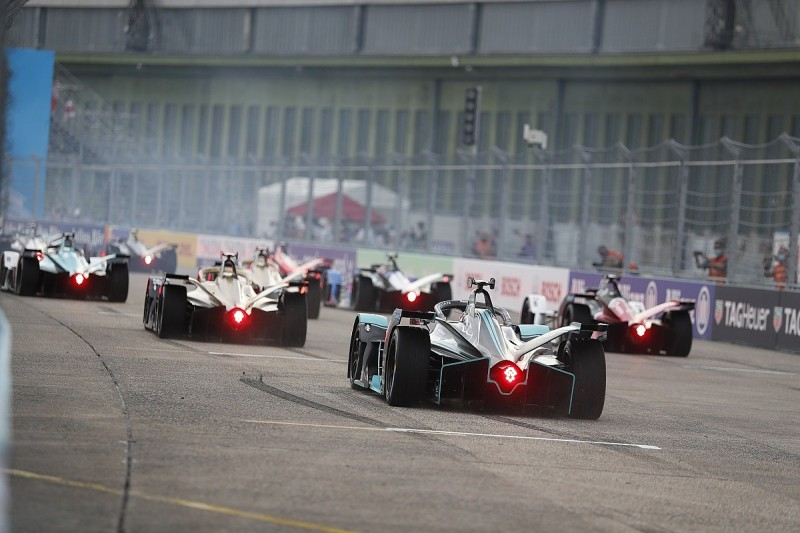 Who flew and who fumbled in Formula E's Tempelhof tussle
