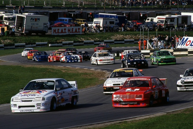 The saloons that thundered to short-lived success