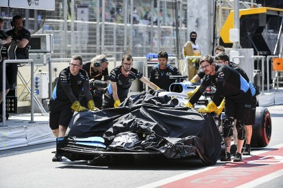 Azerbaijan Grand Prix practice one abandoned after drain incident