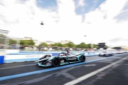 Paris Formula E: Jaguar's Evans leads practice, Virgin pair crash