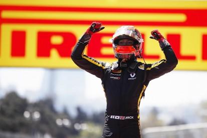 Baku F2: Renault F1 junior Jack Aitken wins fraught first race