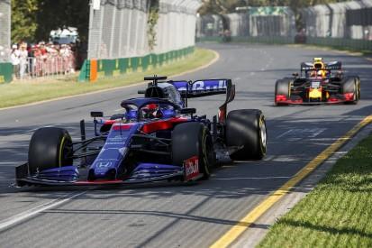 Kvyat 'pushed like animal' to score point on Australia F1 comeback