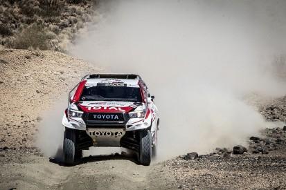 Video: Fernando Alonso's first Dakar Rally car test with Toyota