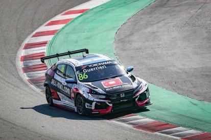 Barcelona WTCR testing: Munnich Honda's Esteban Guerrieri fastest