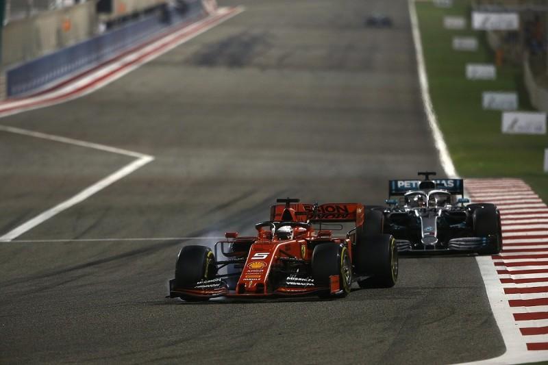 Lewis Hamilton defends Sebastian Vettel over 'minuscule' F1 errors