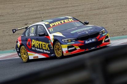 BTCC Brands Hatch: WSR's Jordan leads Tordoff in first practice