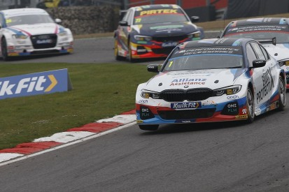 Frustrated Turkington 'can't drive my natural style' in new WSR BMW