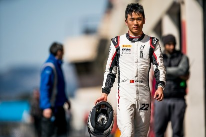 Renault signs second Chinese driver Yifei Ye to Formula 1 junior team