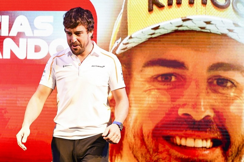 McLaren's Norris and Sainz want Alonso's input on 2019 F1 car