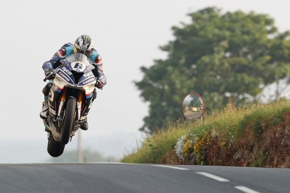 Michael Dunlop commits to 2019 TT programme with new BMW
