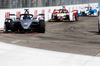 Buemi: Crash from lead in Santiago Formula E race was not my fault