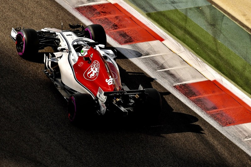 Giovinazzi 'lucky' to be Kimi Raikkonen's Alfa Romeo F1 team-mate