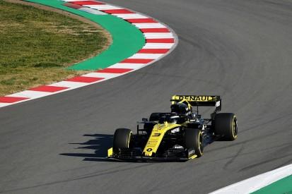 Daniel Ricciardo makes Renault F1 debut as RS19 shakedown happens
