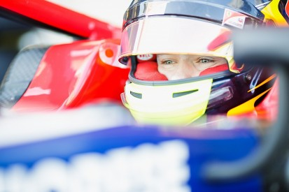 Ferrari junior Ilott leads Sauber-affiliated F2 Charouz line-up