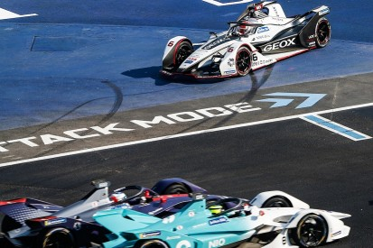 'Awful' handling after clash hurt Nasr's Formula E debut in Mexico