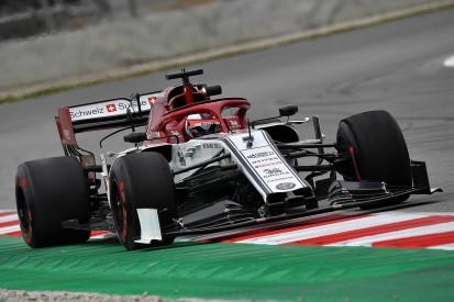 F1 testing: Raikkonen sets fastest lap so far, tops third morning