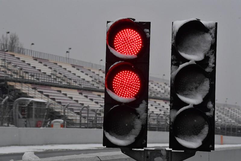 Formula 1 teams discussing winter break in 2019 season