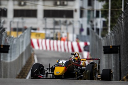 Macau Grand Prix: Dan Ticktum on provisional pole ahead of Ilott