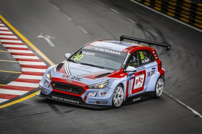 WTCR Macau: Tarquini claims title with 10th as Guerrieri wins