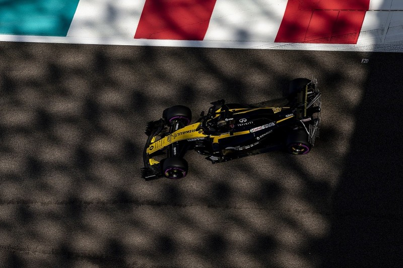 Renault sure chief Ghosn's sacking won't jeopardise Formula 1 team