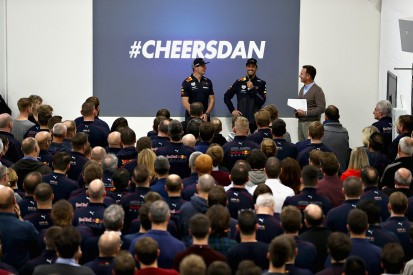 Daniel Ricciardo says farewell to Red Bull with final factory visit