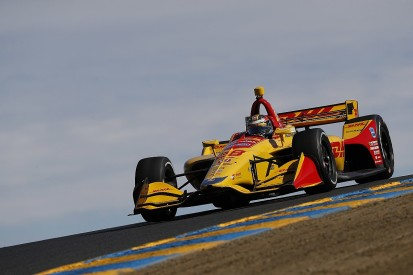 IndyCar Sonoma: Hunter-Reay beats Dixon to pole for season finale