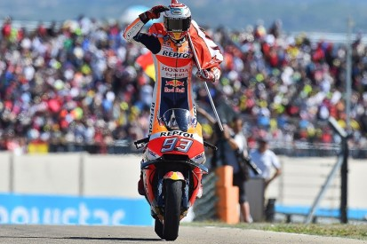 MotoGP Aragon: Marquez beats Dovizioso after race-long tussle