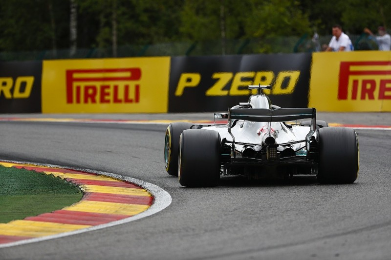 Teams say Pirelli given 'impossible task' as F1 tyre supplier