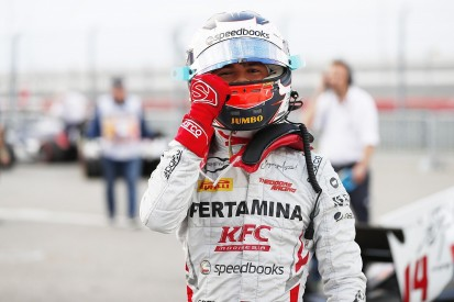 Sochi F2: McLaren junior de Vries beats Norris and Russell to pole