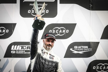 WTCR Ningbo: Muller wins, assumes points lead as Tarquini retires