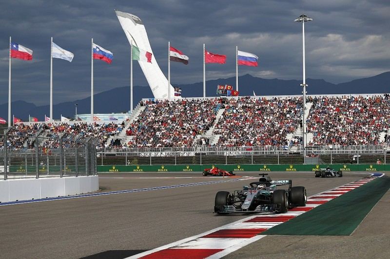 Lewis Hamilton wins F1 Russian GP after Mercedes team orders