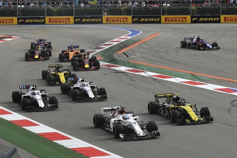 Carlos Sainz Jr blames Sergey Sirotkin for Russian GP collision