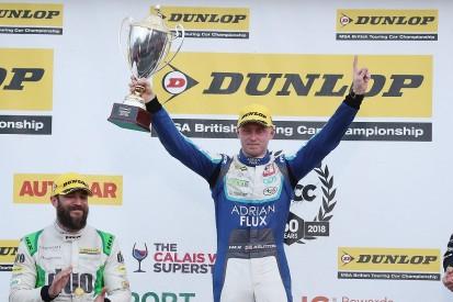 Ash Sutton wins Brands Hatch BTCC finale in drag race to finish line