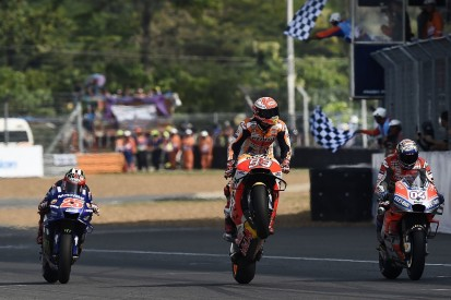 Buriram MotoGP: Marquez beats Dovizioso in spectacular late battle