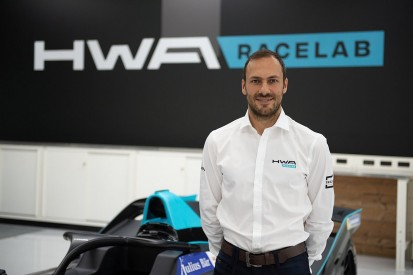HWA announces Paffett as first FE driver, reveals 2018/19 livery