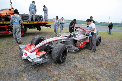 McLaren's 2007 Formula 1 title meltdown plays on Mercedes' mind