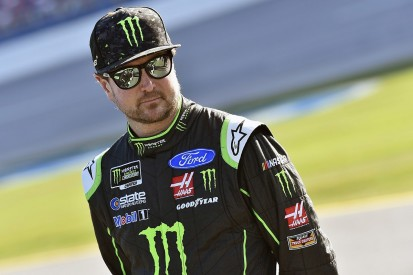Kurt Busch clams NASCAR officials after 'two missed calls' in overtime
