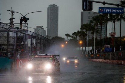 Supercars' Gold Coast 600 abandoned amid Surfers Paradise storms
