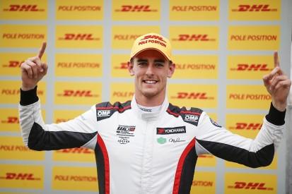 WTCR Suzuka: Ex GP2 racer Ceccon takes first WTCR for Alfa squad