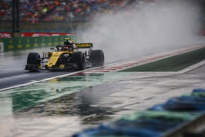 Sainz overruled Renault on way to fifth place in Hungary qualifying